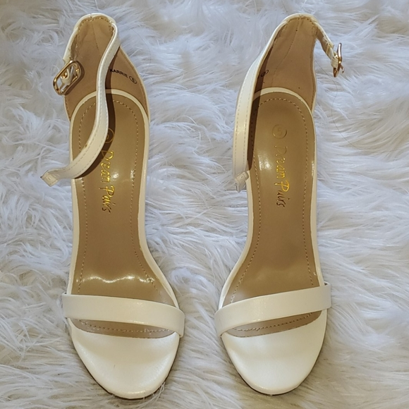 Dream Pairs Shoes | White Size 5 Heels